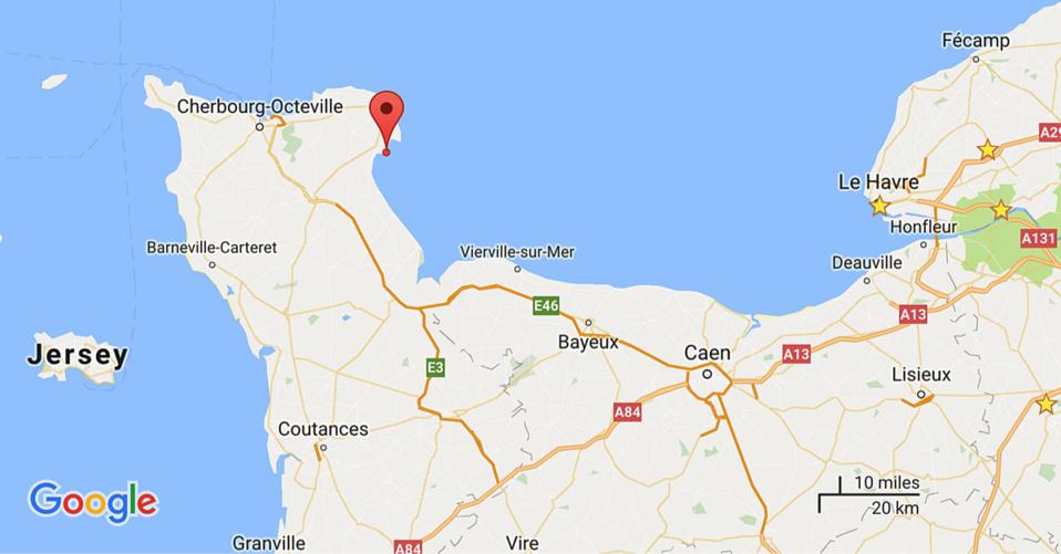 Quatre rescapés dans une collision entre deux navires au large des côtes normandes