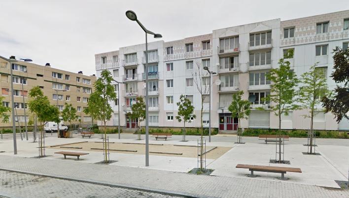 L'homme était retranché dans son appartement au 5ème étage d'un immeuble qui abrite une crèche, rue Issac Newton (Illustration@Google Maps)
