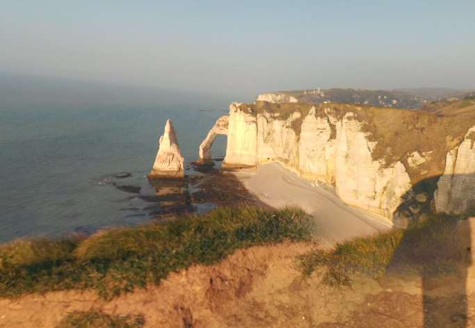 Les falaises d'Etretat (illustration@Google Maps)