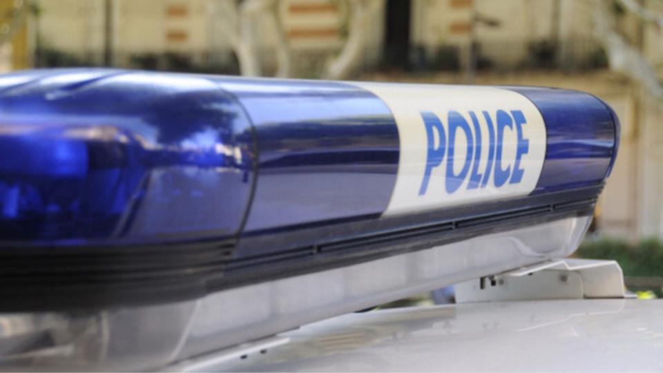 A l'arrivée des policiers sur les lieux de l'accident, les occupants de la 206 et du scooter avaient pris la fuite (Illustration)