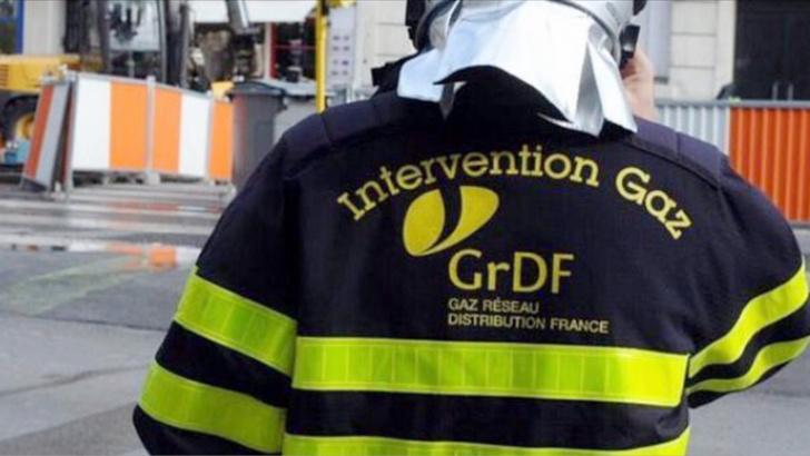 Les techniciens de GrDF ont procédé dans l'après-midi à la remise en état de la canadlisation endommagée par un engin de chantier (Illustration)