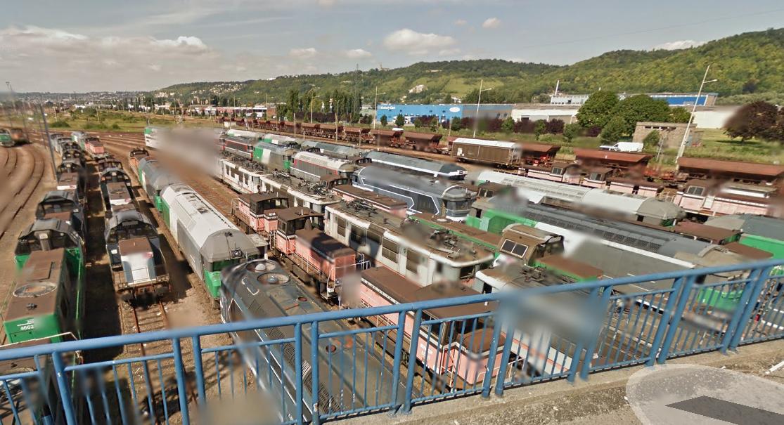 Les trois hommes ont pénétré dans l'enceinte de la SNCF en perçant un trou béant dans la clôture (Illustration@Google Maps)