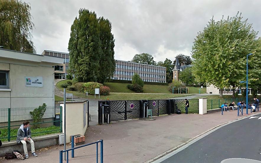 Le lycée Augustin Fresnel de Bernay