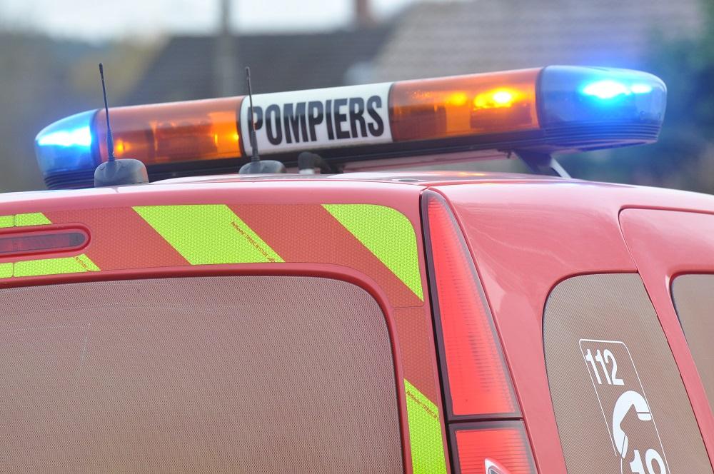 Trente-cinq sapeurs-pompiers et neuf véhicules de secours ont été engagés au total sur les deux accidents (Illustration©infoNormandie)
