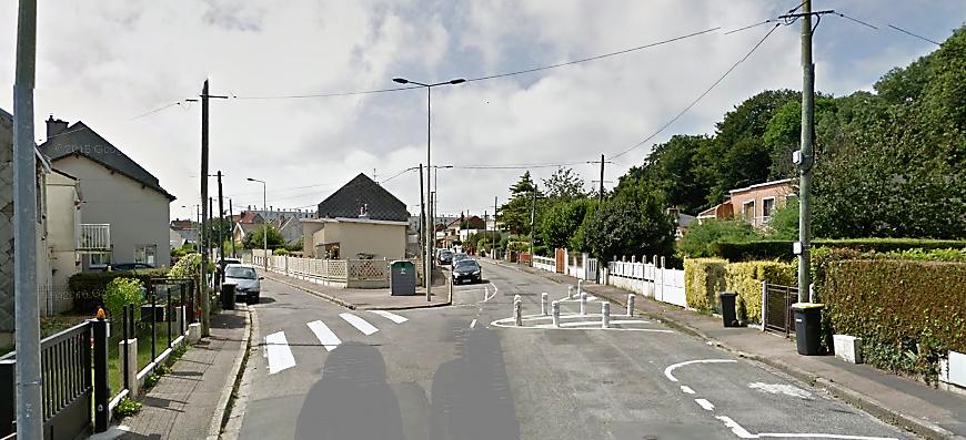 Le braquage s'est déroulé à cette intersection de la rue d'Ermenonville et de la rue de  l'Air Pur (Illustration©Google Maps)