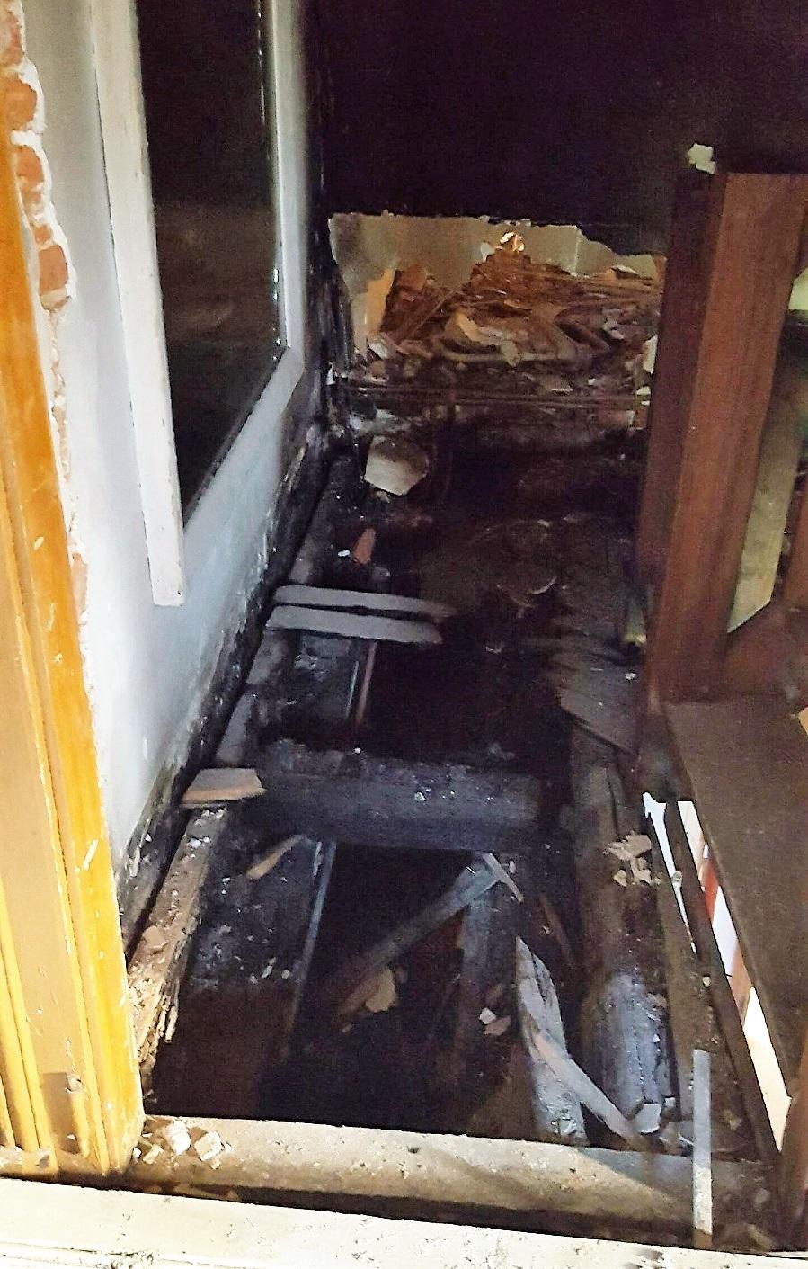 L'intérieur de l'habitation a été dévasté par les flammes