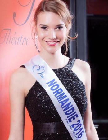 Esther Houdement, 20 ans, 1,83 m, était la candidate de la Normandie au concours Miss France 2017 (Photo©Miss Normandie/Facebook)