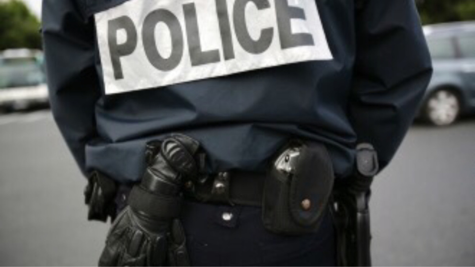 Andrésy : les perturbateurs refoulés par la police à l'aide d'une grenade de désencerclement