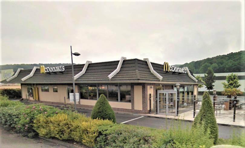 La vingtaine de clients et douze employés ont été évacués par précaution (Illustration©Google Maps)