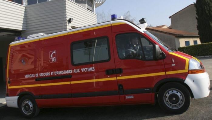 La condustrice légèrement blessée a été prise en charge par les sapeurs-pompiers (Illustration)