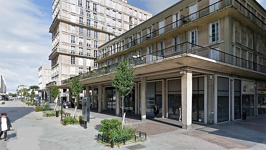 Le feu s'est déclaré dans une cave de cet immeuble de trois étages, rue Victor Hugo, dans le quartier de l'hôtel de ville (Illustratioon ©Google Maps)