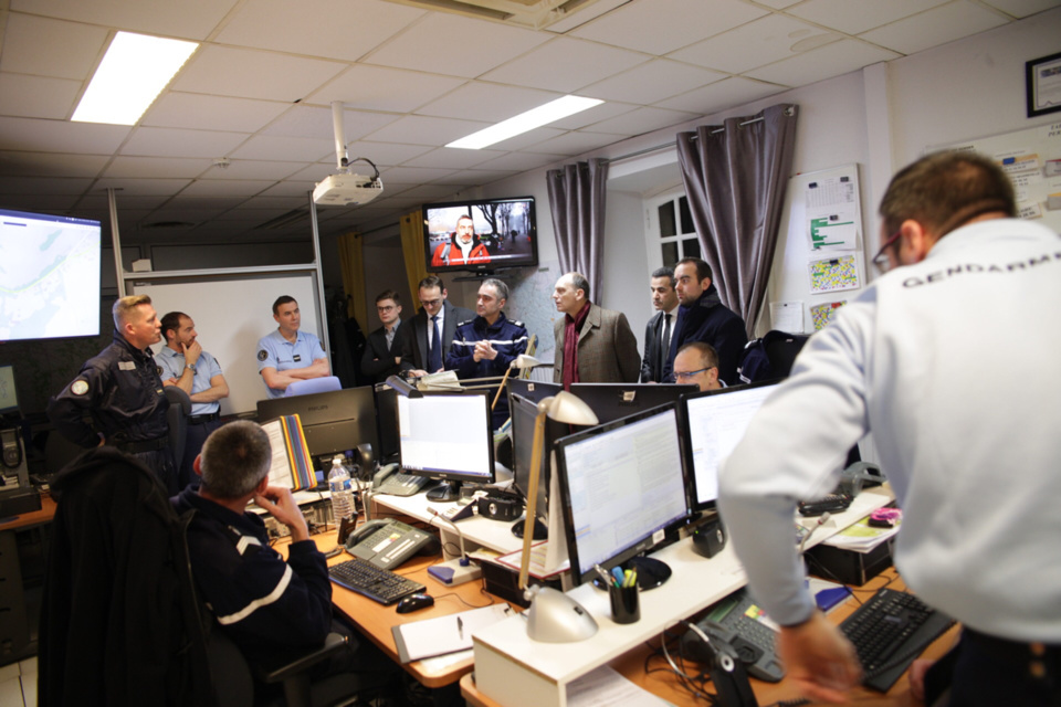 Visite au centre opérationnel de la gendarmerie de l'Eure