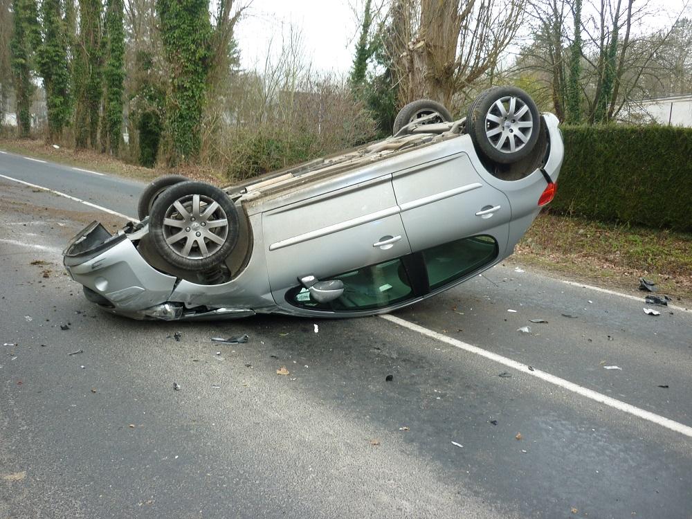 Plus de peur que de mal pour la conductrice de cette voiture (Photo ©DR)