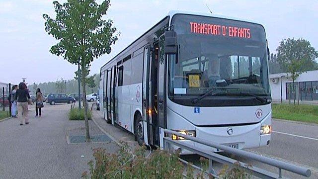 Les policiers ont contrôlés 20 bus de ramassage scolaire (illustration ©DR)