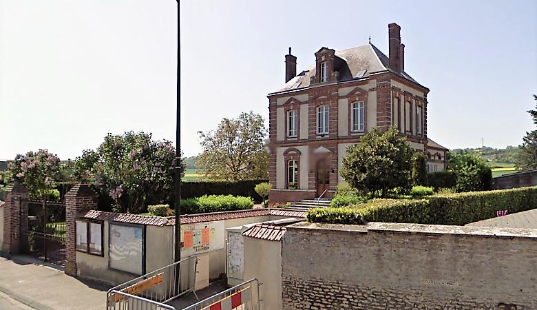La mairie, rue de Garennes, à Fains (Illustration©GoogleMaps)