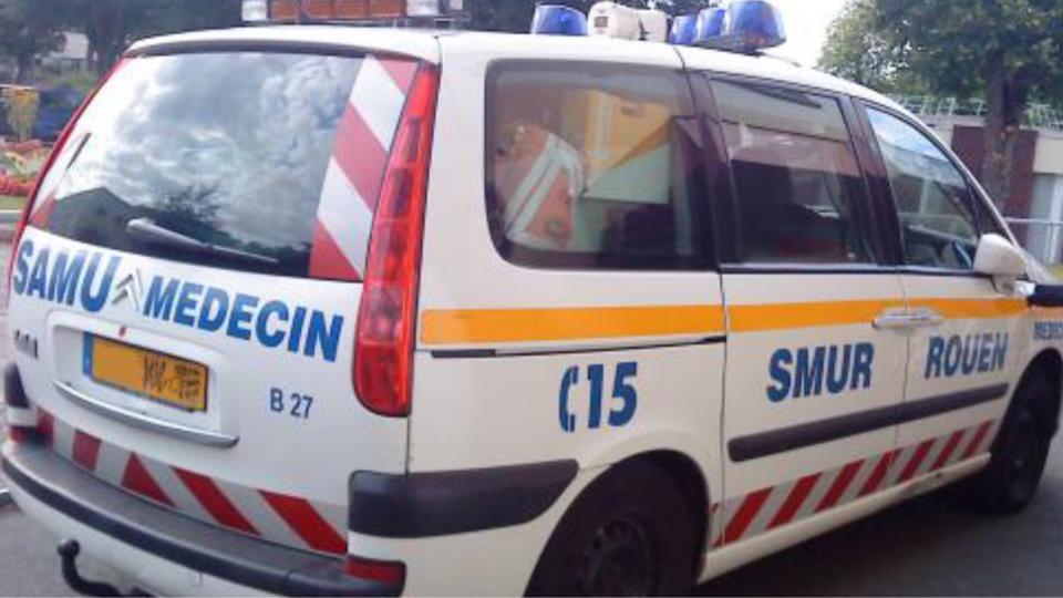 La jeune fille a été médicalisée sur place avant d'être évacuée vers le CHU (illustration)