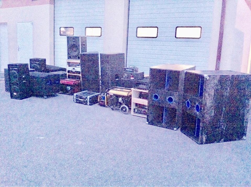 Le matériel de sonorisation à été saisi par les gendarmes (Photo@gendarmerie27)
