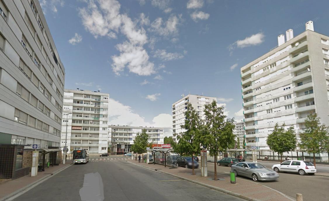 Les faits se sont déroulés place du 8 mai 1945, près de la gare SNCF (Illustration©Google Maps)