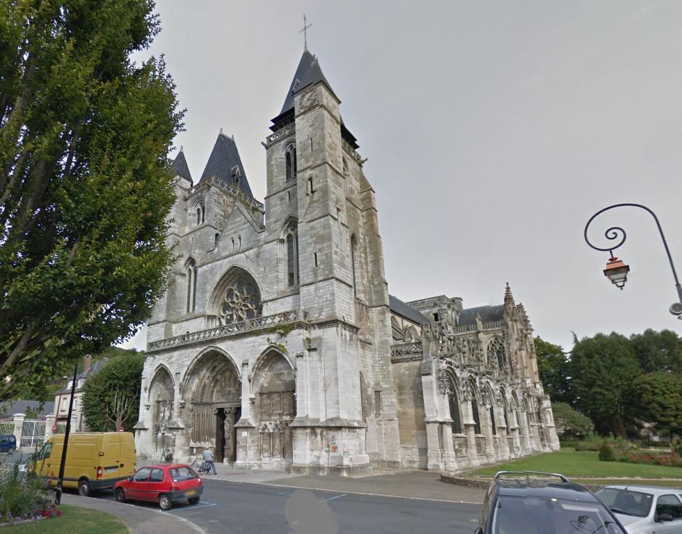 Le prêtre de la paroisse Gaillard-sur-Seine a été relevé par Monseigneur Nourrichard, évêque d'Evreux (Illustration)