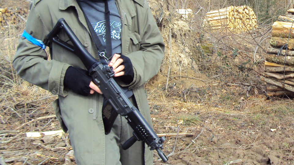 Les armes utilisées par les amateurs d'Airsoft sont des répliques impressionnantes d'armes à feu mais totalement inoffensives (illustration)