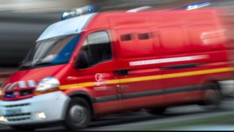 Deux automobilistes incarcérés dans leurs véhicules lors d'un accident près de Goderville