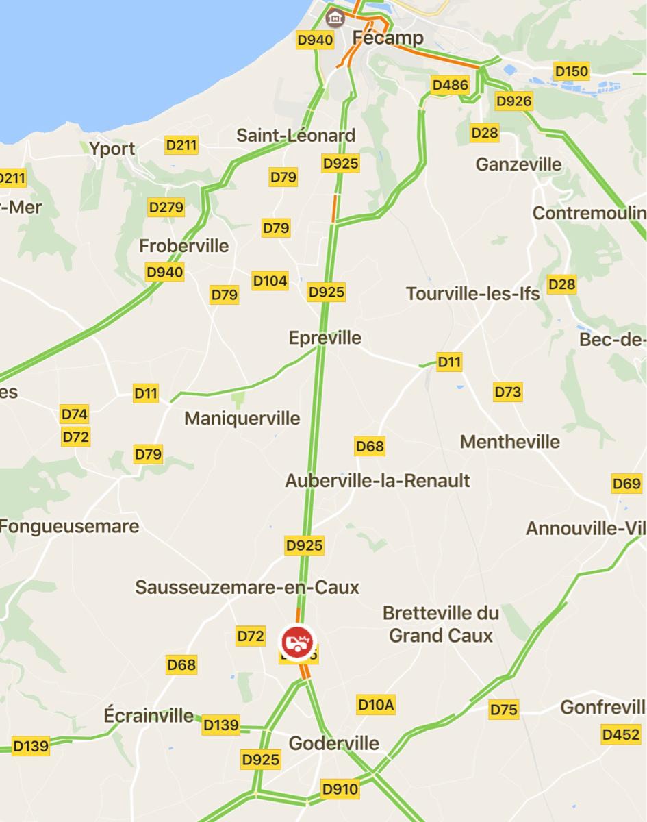 La collision s'est produite sur la route départementale 925 au nord de Goderville.
