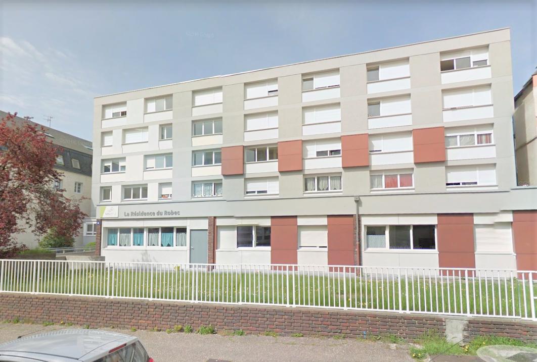L'homme a été découvert hier vers 18 heures dans une chambre de ce foyer social qui l'hébergeait (Illustration © Google Maps)