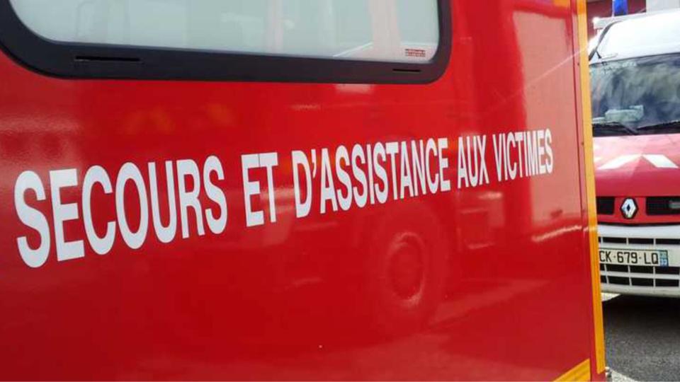 Les Mureaux : une femme enceinte et sa fille de 4 ans blessées dans un bus lors d'un freinage d'urgence