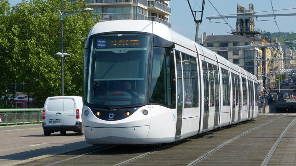 Le trafic du tramway est resté perturber une bonne partie de la journée (Photo ©infonormandie)