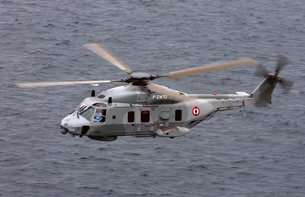 La victime a été évacuée à bord de l'hélicoptère Caïman de la ©Marine nationale vers l'hôpital du Havre