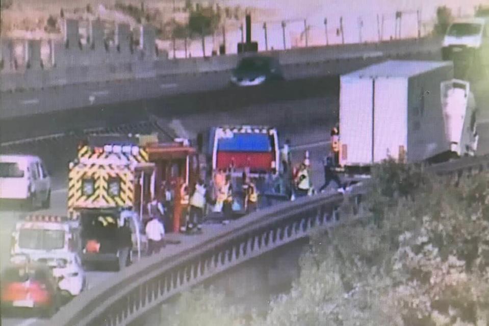 L'accident s'est produit sur le viaduc de Guerville peu après la centrale de Porcheville en direction de Mantes (photo @Sanef)