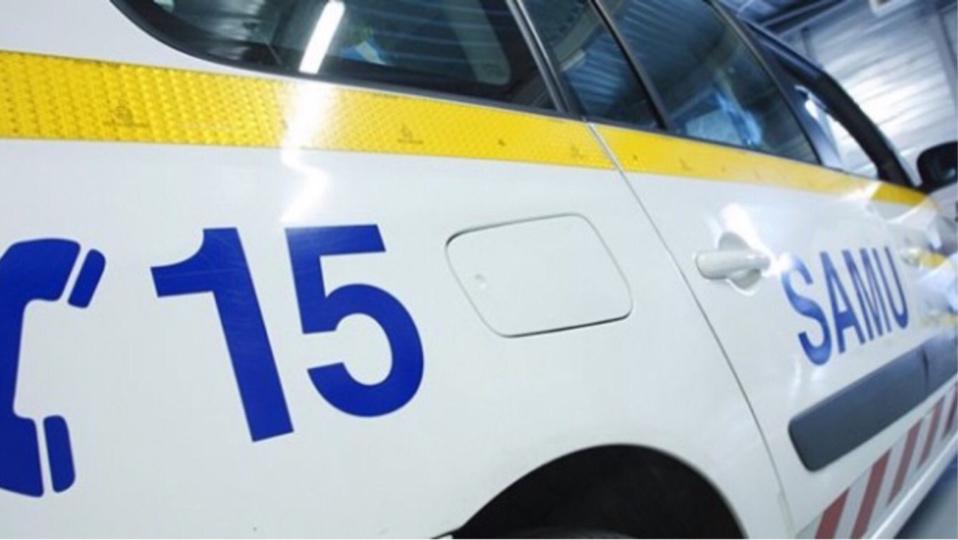 La conductrice grièvement blessée a été médicalisée par le Samu avant d'être transportée au CHU (illustration)