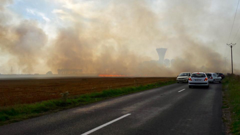 Le panache de fumée était visible à plusieurs kilomètres à la ronde