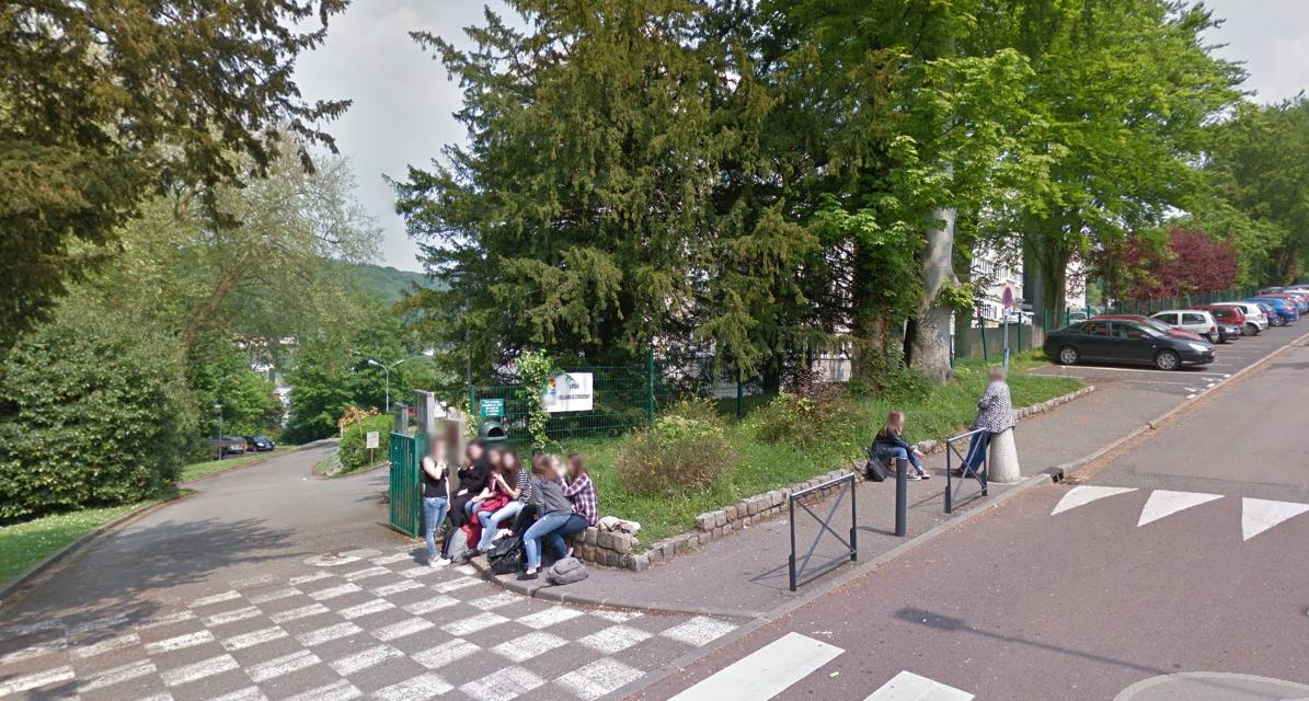 Le colis suspect a été découvert devant le lycée, allée de la Côte Blanche (Illustration © Google Maps)