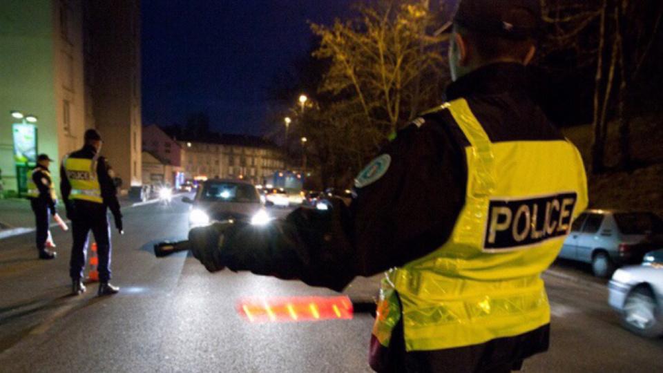 L'automobiliste a refusé d'obtempérer après une infraction au code de la route (Illustration @ DGPN)