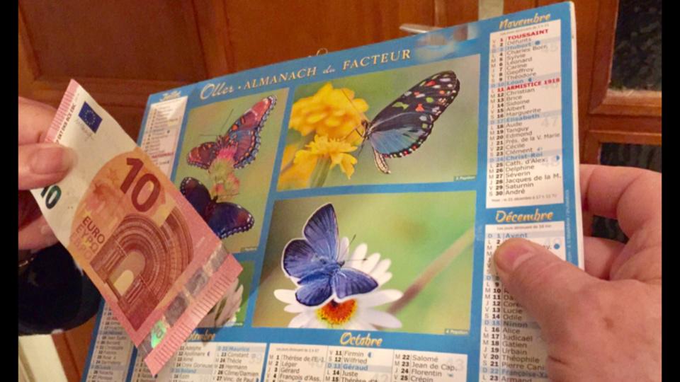 Ils est vivement conseillé de demander à tout vendeur de calendriers, surtout à cette époque de l'année, de justifier de ses véritables fonctions (Illustration @ infonormandie)