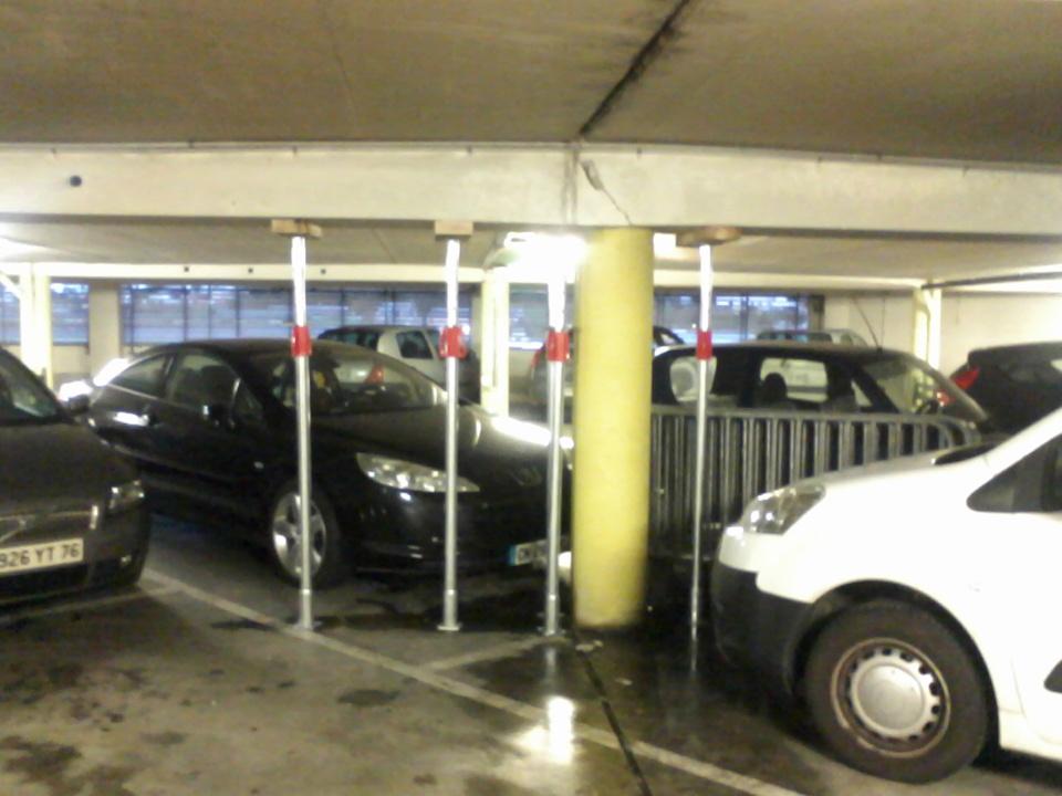 Seine-Maritime : menace d'effondrement dans le parking souterrain Maupassant à Fécamp