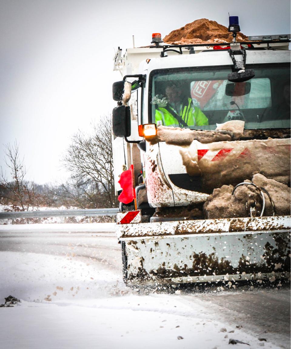 5 000 tonnes de sel en stock sur le territoire pour les traitements préventifs et curatifs de la neige ou du verglas.
