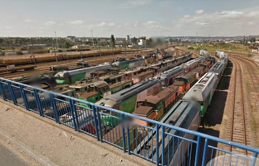 Régulièrement, la gare de triage qui abrite notamment du matériel réformé est la cible de pilleurs (Illustration © Google Maps)
