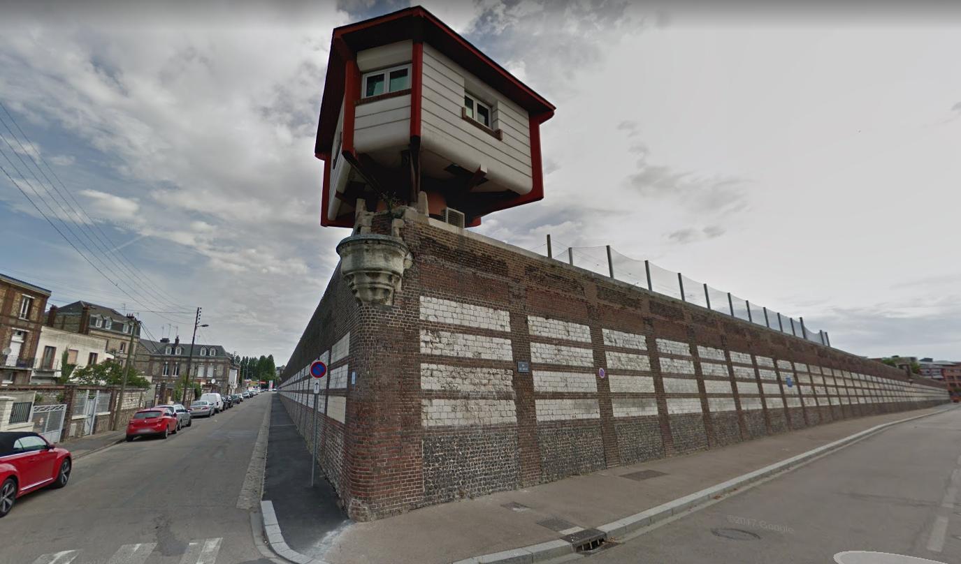 Le détenu a profité d'une porte ouverte pour prendre la poudre d'escampette hier matin (Illustration)