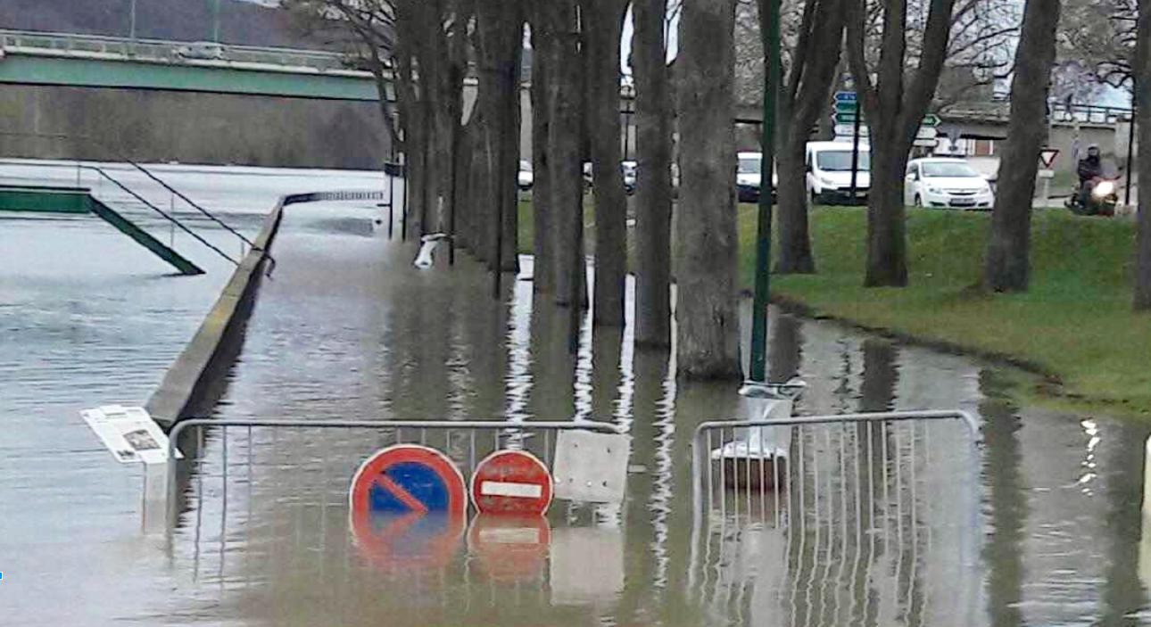 A Vernon, la Seine a débordé et provoqué des dégaâts (Photo © infonormandie)