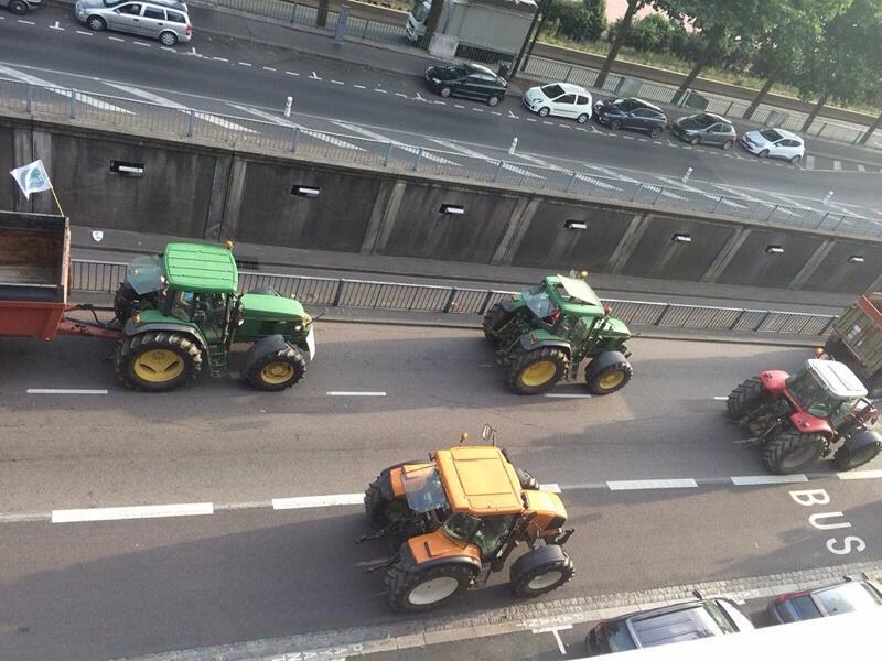 Les agriculteurs lors d'une manifestation dans Rouen en juillet 2015 (illustration @ infonormandie)