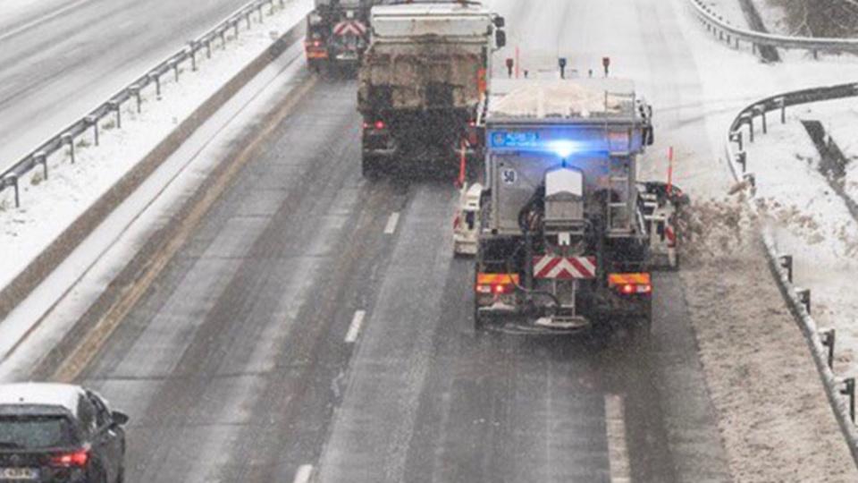 Des opérations de salage ont été réalisées en début de nuit sur les autoroutes A28, A29 et A150 (Illustration)