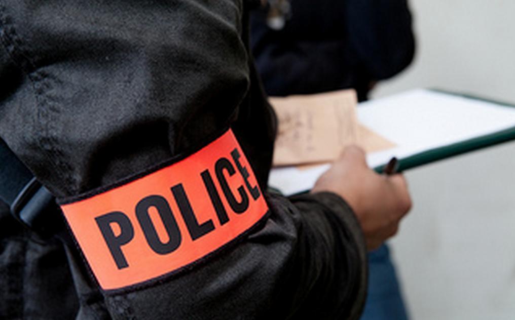 Les policiers ont procédé ce matin à des investigations sur le lieu des cambriolages (Illustration © DGPN)