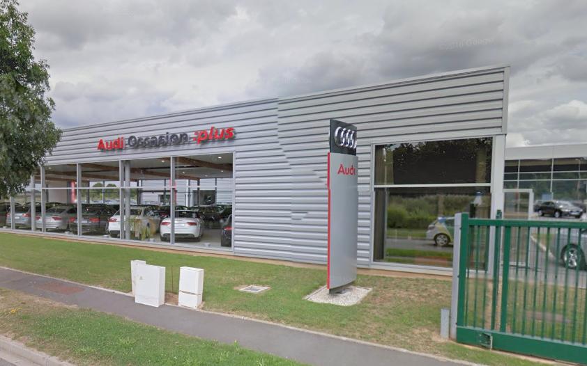 Les cambrioleurs avaient ciblé assurément le concessionnaire Audi (Illustration © Google Maps)