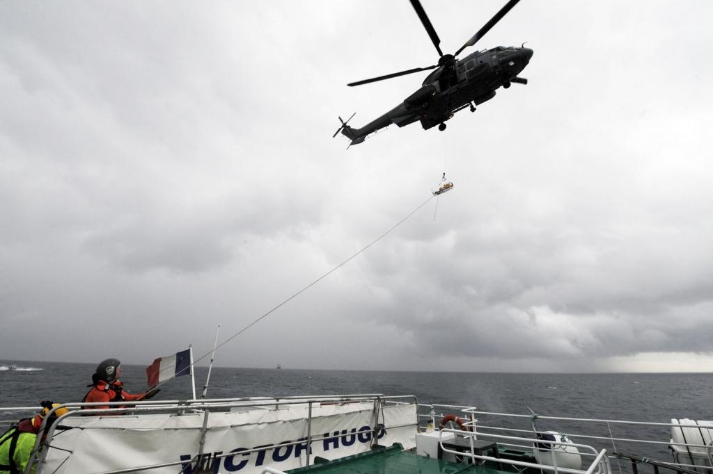 Lors d'une précédente opération Sarex, au large de Granville, dans la Manche (Photo d'illustration  © Préfecture maritime)