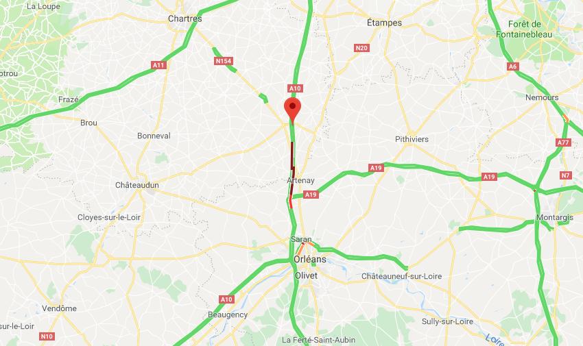 Accident de poids lourds au nord d'Orléans : l'autoroute A10 coupée dans les deux sens