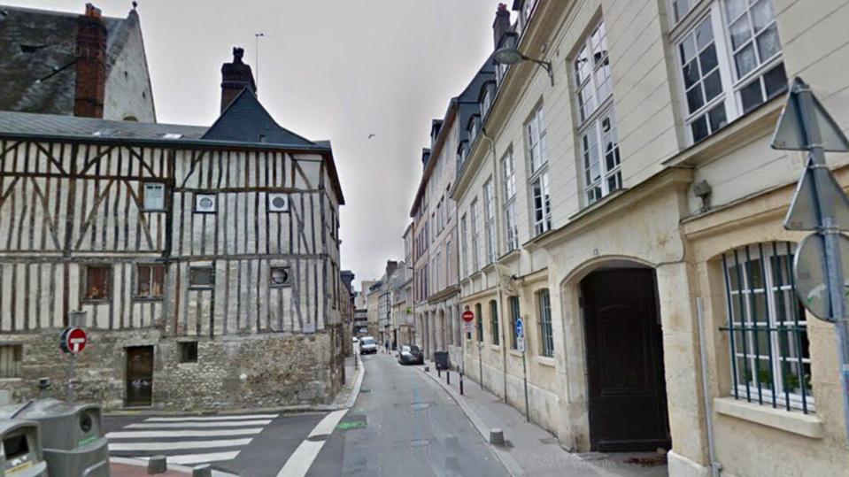 Rue Bourg l'Abbé a Rouen -Illustration