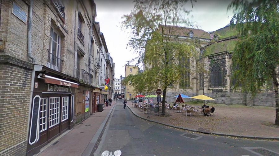 Rue du 19 Août 1942, à Dieppe. Alexis et Nicolas ont été  victimes d'une agression homophobe dans la nuit du 4 au 5 février 2018 - Illustration © Google Maps