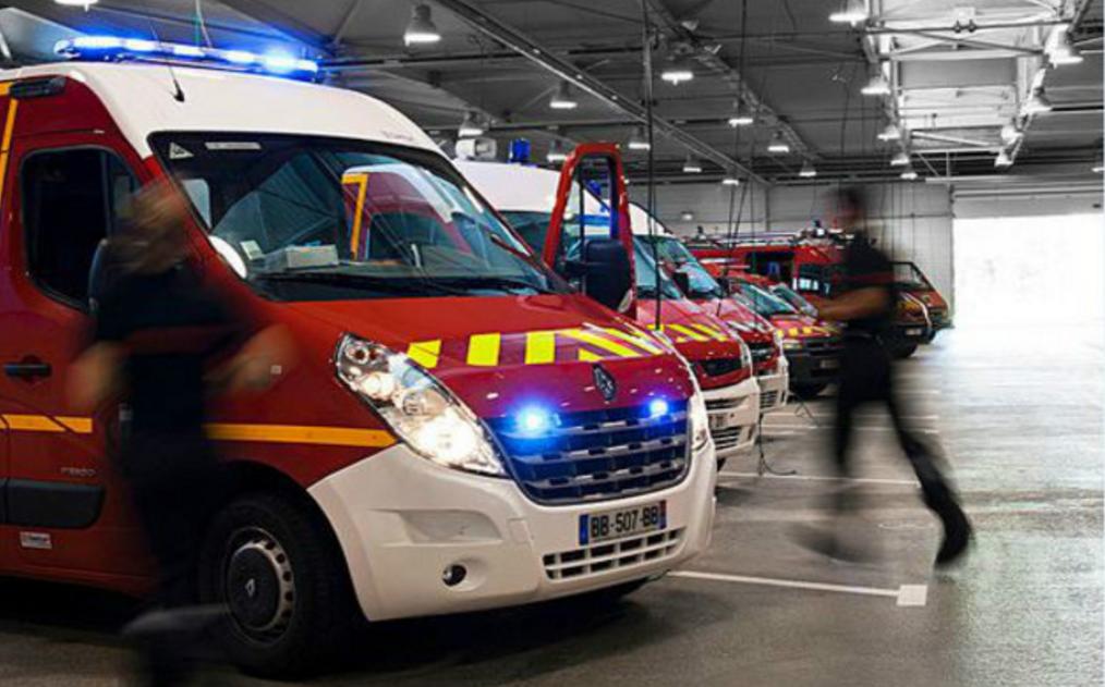 Compte tenu de la nature des risques, une cinquantaine de sapeurs-pompiers ont été mobilisés sur l'incendie - Illustration
